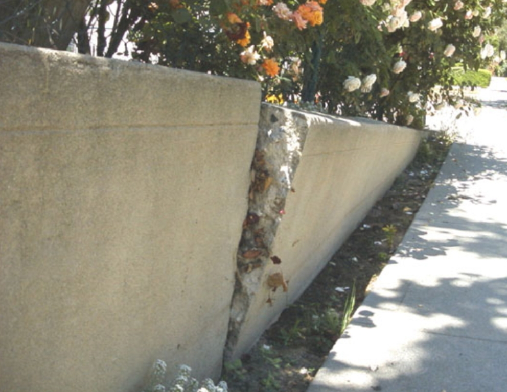 Fixing A Leaning Retaining Wall : Diywallfix concrete retaining wall restoration process